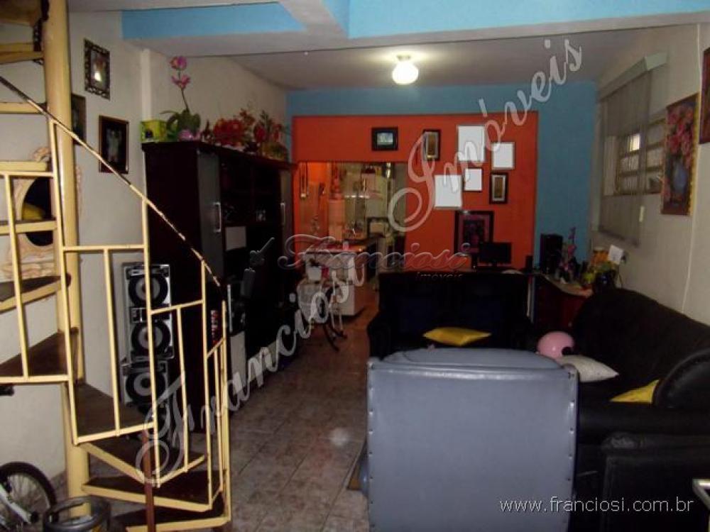 Comprar Casa / Casa Padrão em Itapetininga. apenas R$ 180.000,00