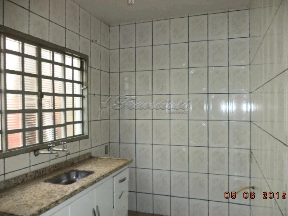 Alugar Casa / Padrão em Itapetininga apenas R$ 700,00 - Foto 6