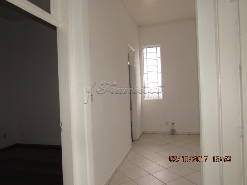 Alugar Casa / Padrão em Itapetininga apenas R$ 2.600,00 - Foto 6
