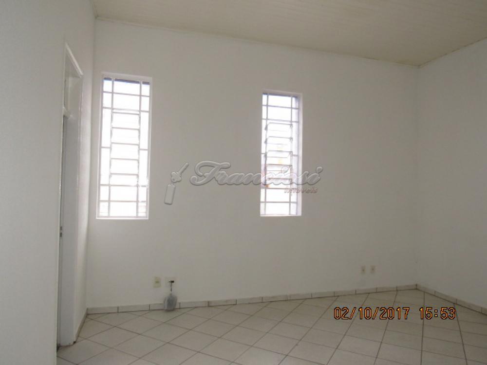 Alugar Casa / Padrão em Itapetininga apenas R$ 2.600,00 - Foto 9