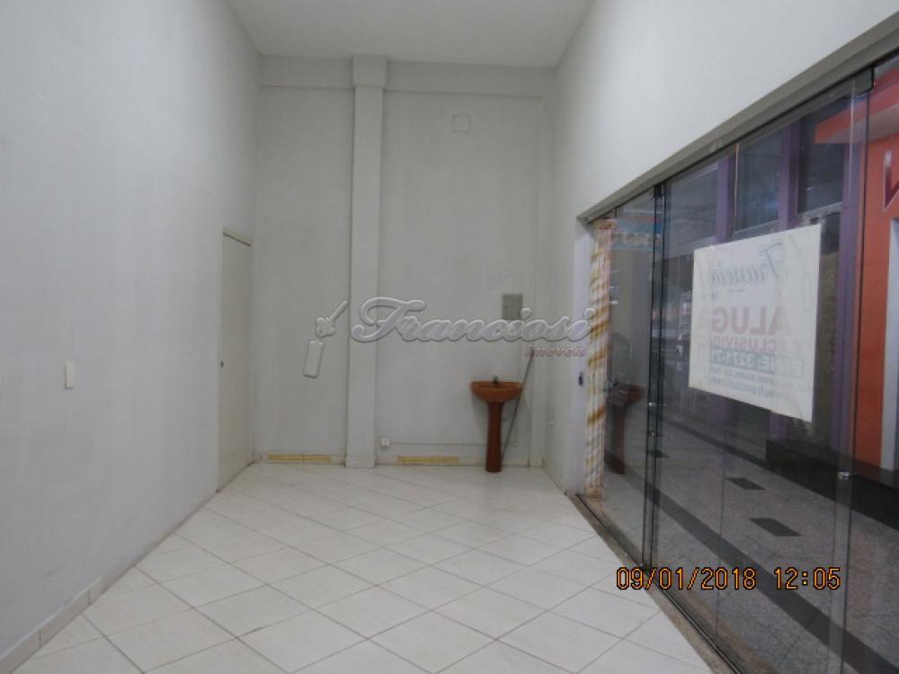Alugar Comercial / Box em Itapetininga apenas R$ 600,00 - Foto 4