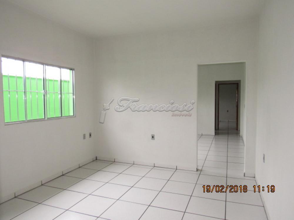 Alugar Casa / Padrão em Itapetininga apenas R$ 650,00 - Foto 3