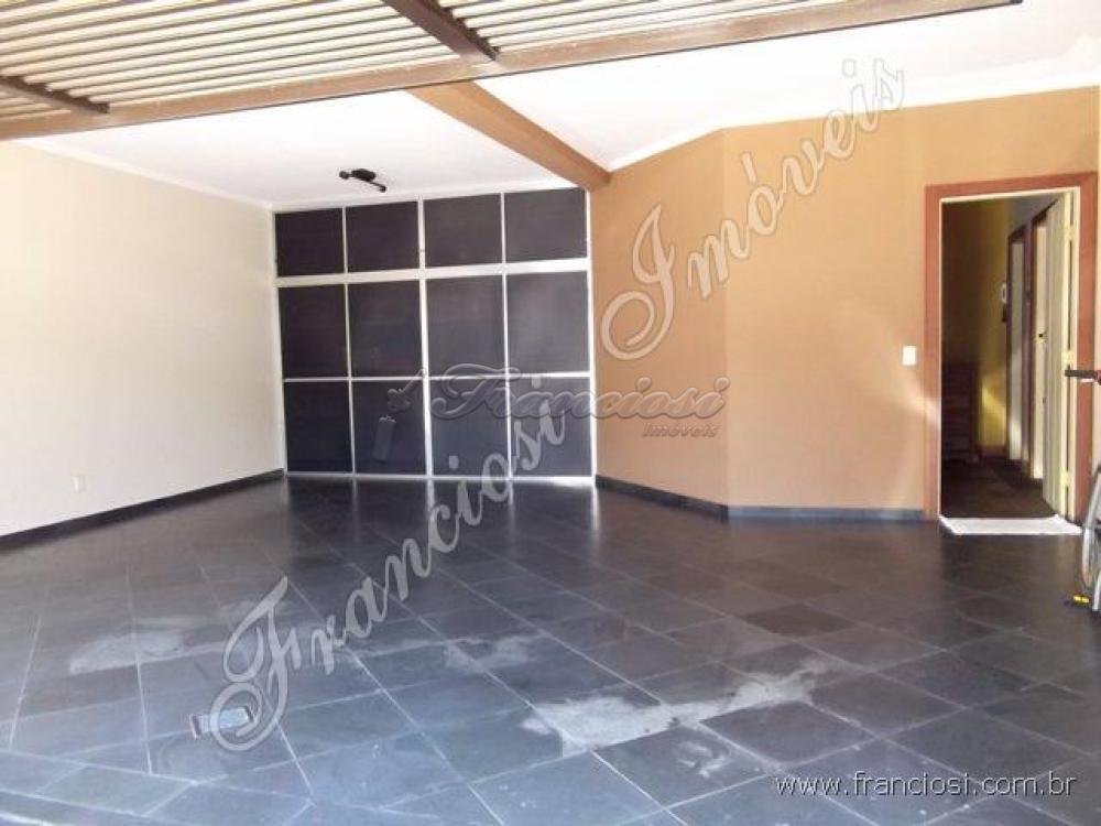 Comprar Casa / Padrão em Itapetininga apenas R$ 1.100.000,00 - Foto 2
