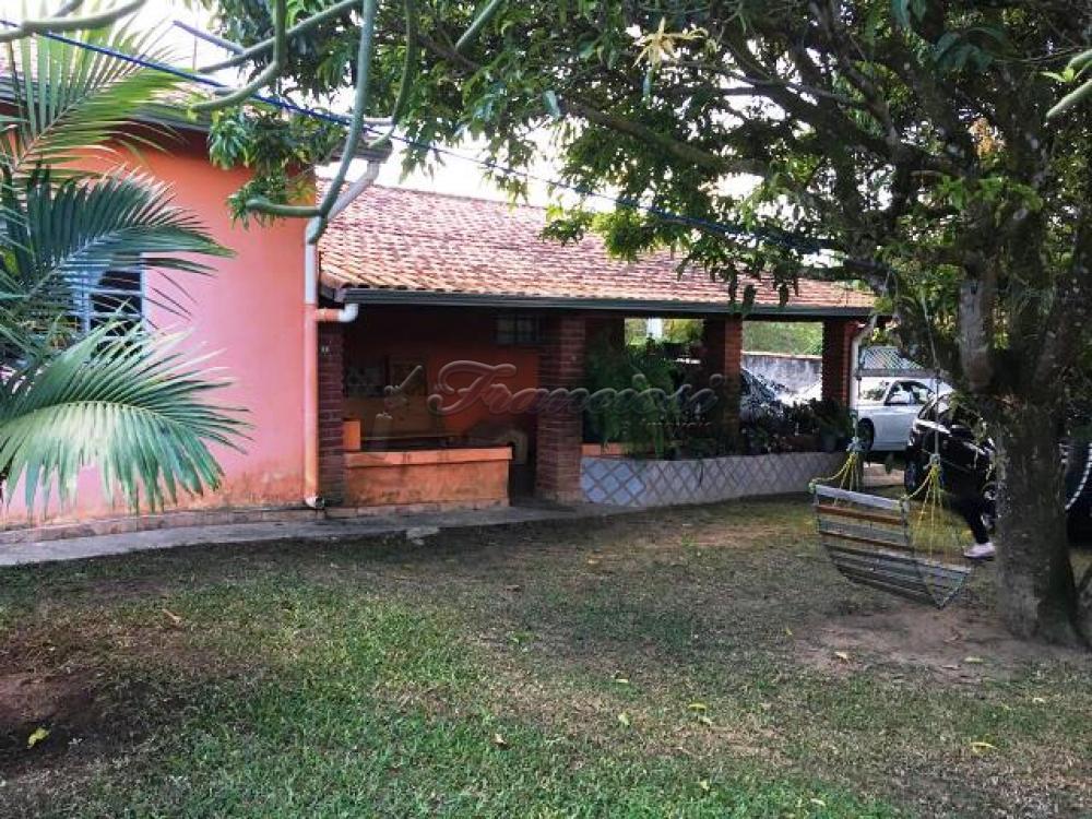 Comprar Casa / Padrão em Sarapuí apenas R$ 300.000,00 - Foto 1