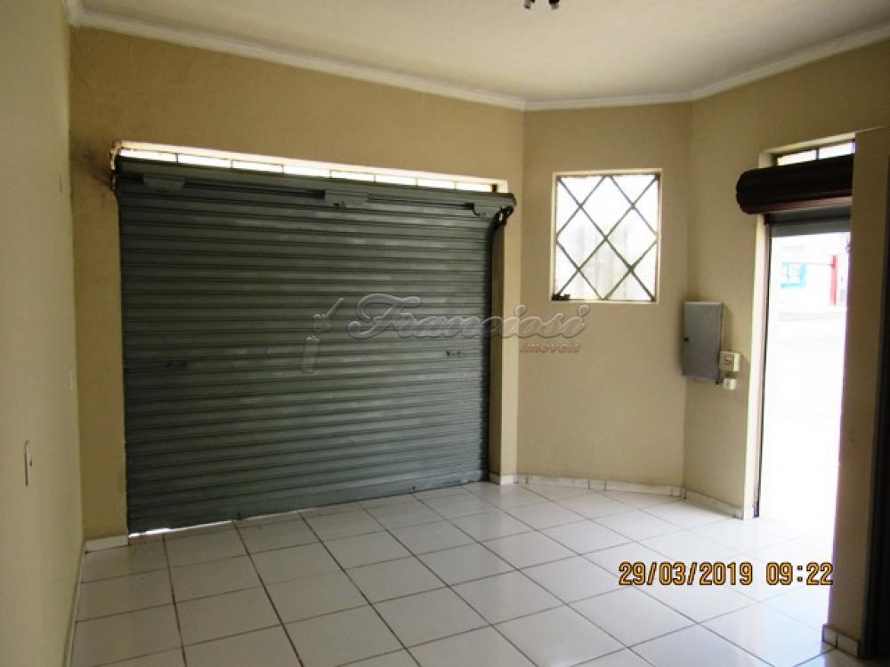 Alugar Comercial / Salão Comercial em Itapetininga apenas R$ 600,00 - Foto 2