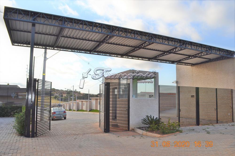 Alugar Apartamento / Padrão em Itapetininga apenas R$ 500,00 - Foto 1