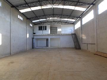 Alugar Comercial / Barracão em Rechan (Itapetininga). apenas R$ 1.500,00