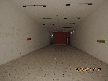 Alugar Comercial / Salão Comercial em Itapetininga. apenas R$ 2.000,00