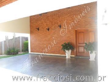 Itapetininga Jardim Shangrila Casa Venda R$1.350.000,00 3 Dormitorios  Area do terreno 900.00m2