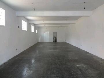 Alugar Comercial / Salão Comercial em Itapetininga. apenas R$ 2.500,00