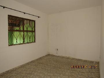 Alugar Casa / Padrão em Itapetininga apenas R$ 900,00 - Foto 1