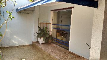 Alugar Casa / Padrão em Itapetininga. apenas R$ 1.500,00