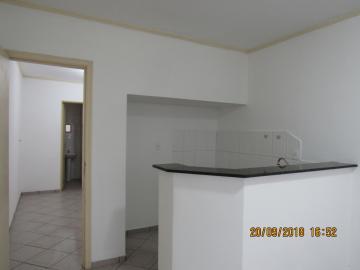 Alugar Casa / Padrão em Itapetininga apenas R$ 680,00 - Foto 3