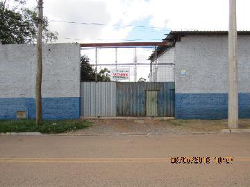 Terreno comercial medindo 2.600 m².
