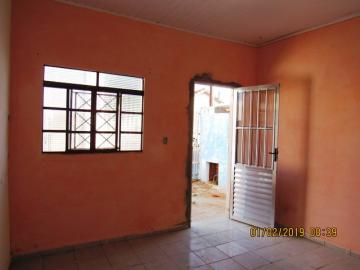 Alugar Casa / Padrão em Itapetininga apenas R$ 400,00 - Foto 1
