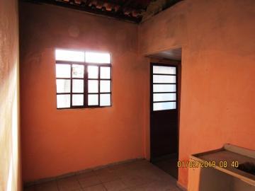 Alugar Casa / Padrão em Itapetininga apenas R$ 400,00 - Foto 4