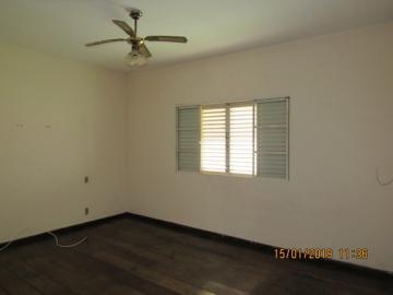 Alugar Casa / Padrão em Itapetininga apenas R$ 1.950,00 - Foto 11