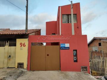 Parte superior: Casa com 1 dormitório, sala de estar, cozinha e 1 banheiro social. Acabamento: Laje, piso frio, forro PVC e banheiro azulejado até o teto.