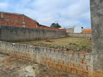 Terreno medindo 307,00 m² (10 x 30,70).